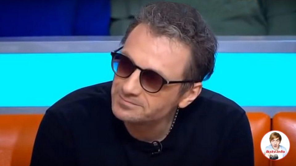 Самойлов-младший на ток-шоу НТВ вынес вражду с братом и обсудил сына