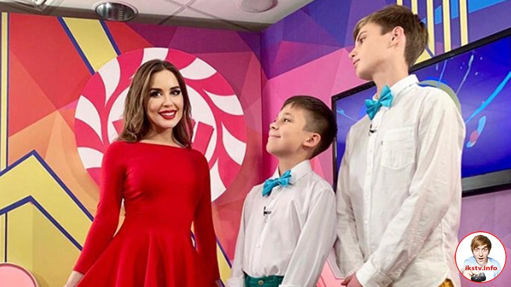 Михалкова стала ведущей детского КВН