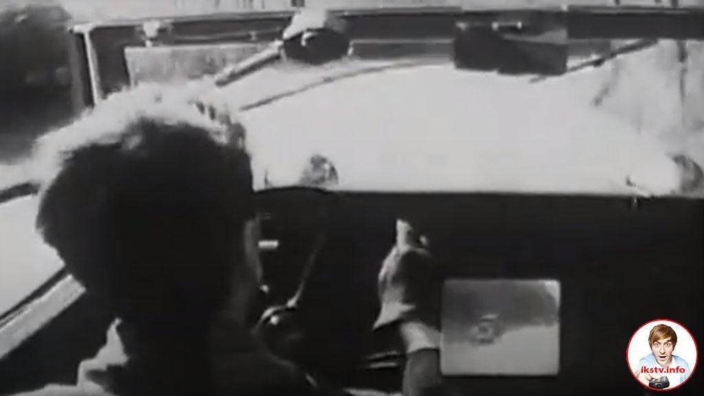 В 1947 году режиссёр фильма про телевидение предсказал увлечение гаджетами