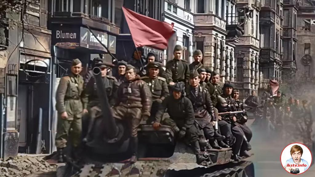 На RT отреставрировали первый парад советских войск времён ВОВ