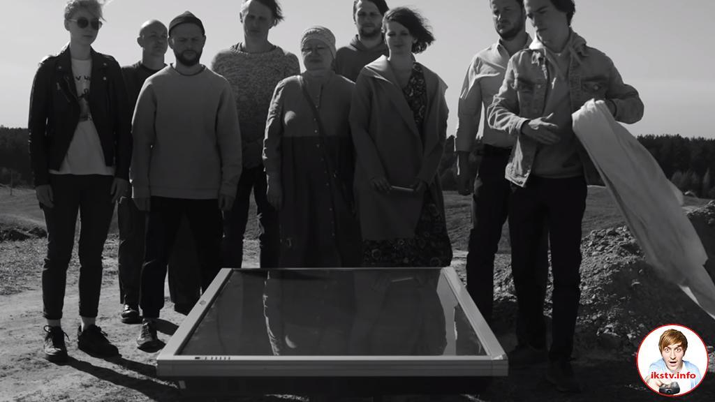 Шевчук похоронил телевизор, в котором сам же и мелькает
